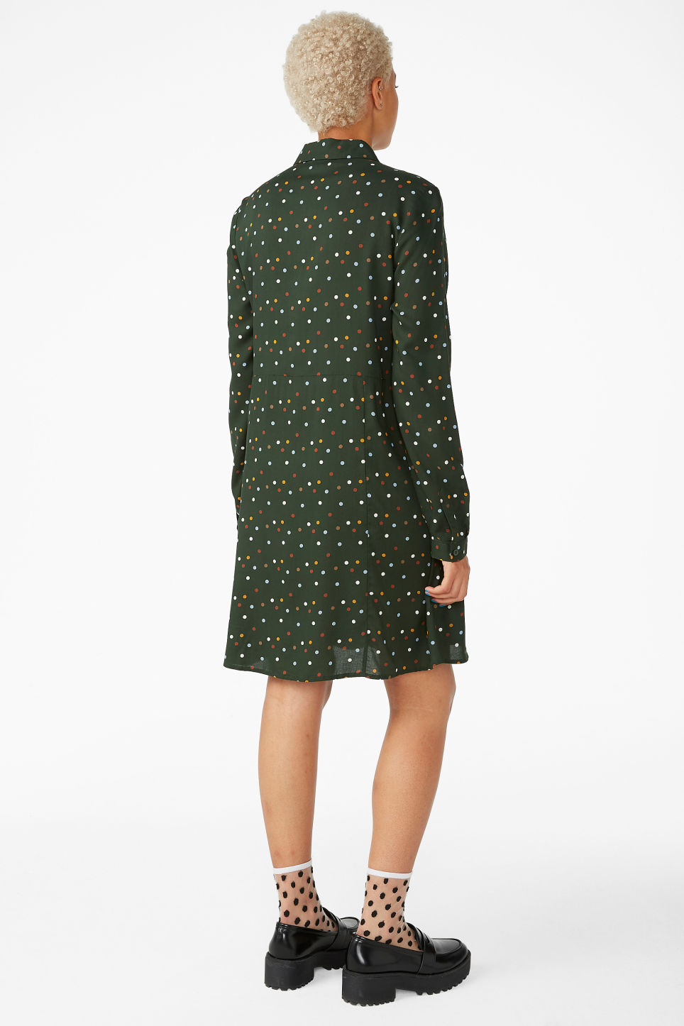 Model back image of Monki shirt dress in green