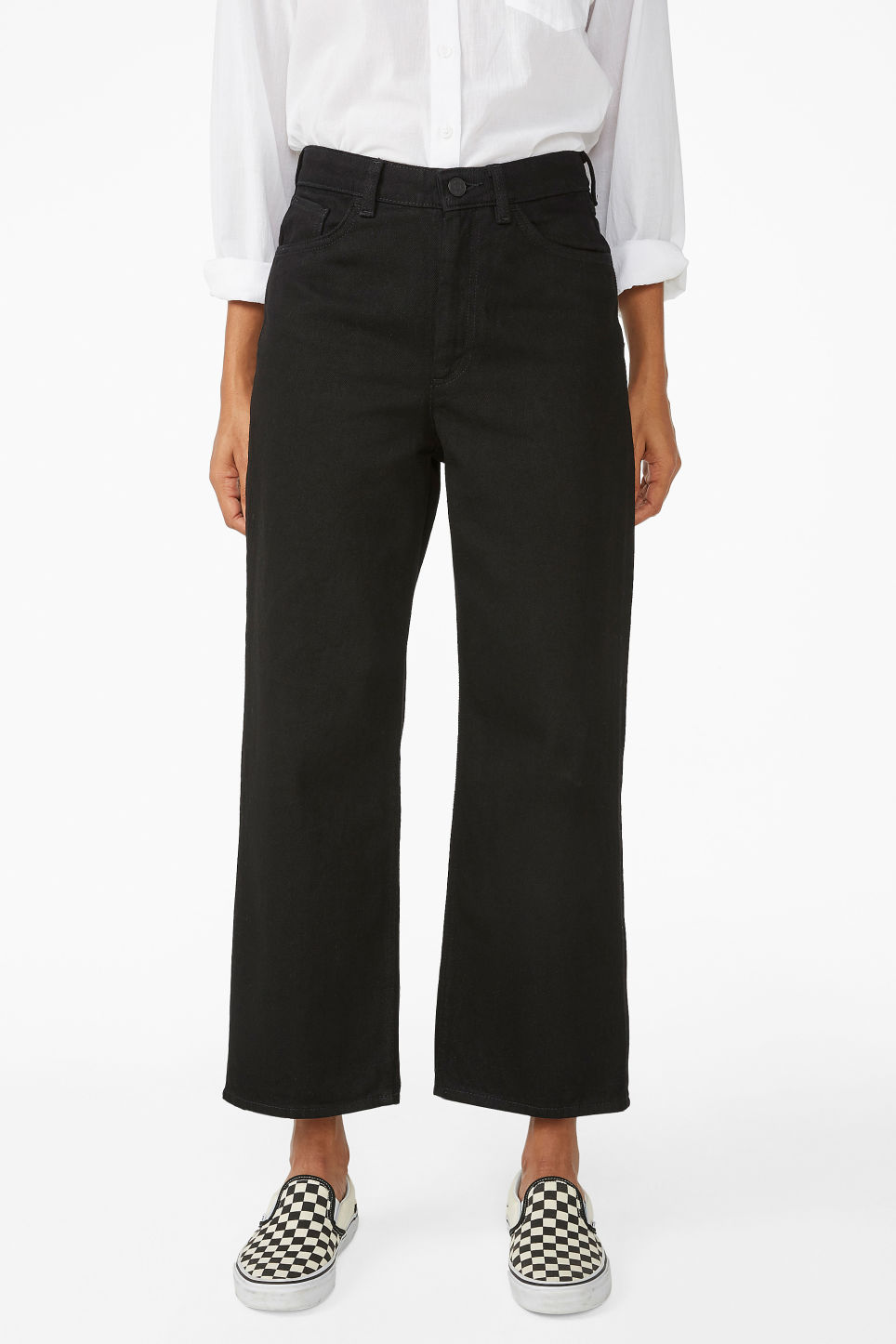 Model side image of Monki mozik jeans in black