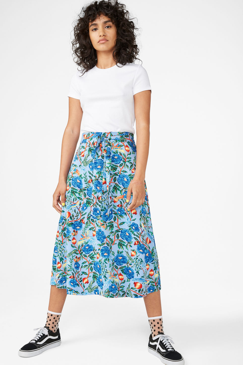 Model front image of Monki belted midi skirt in blue