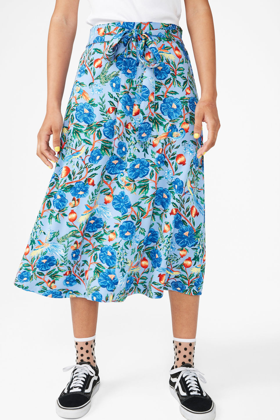 Model side image of Monki belted midi skirt in blue