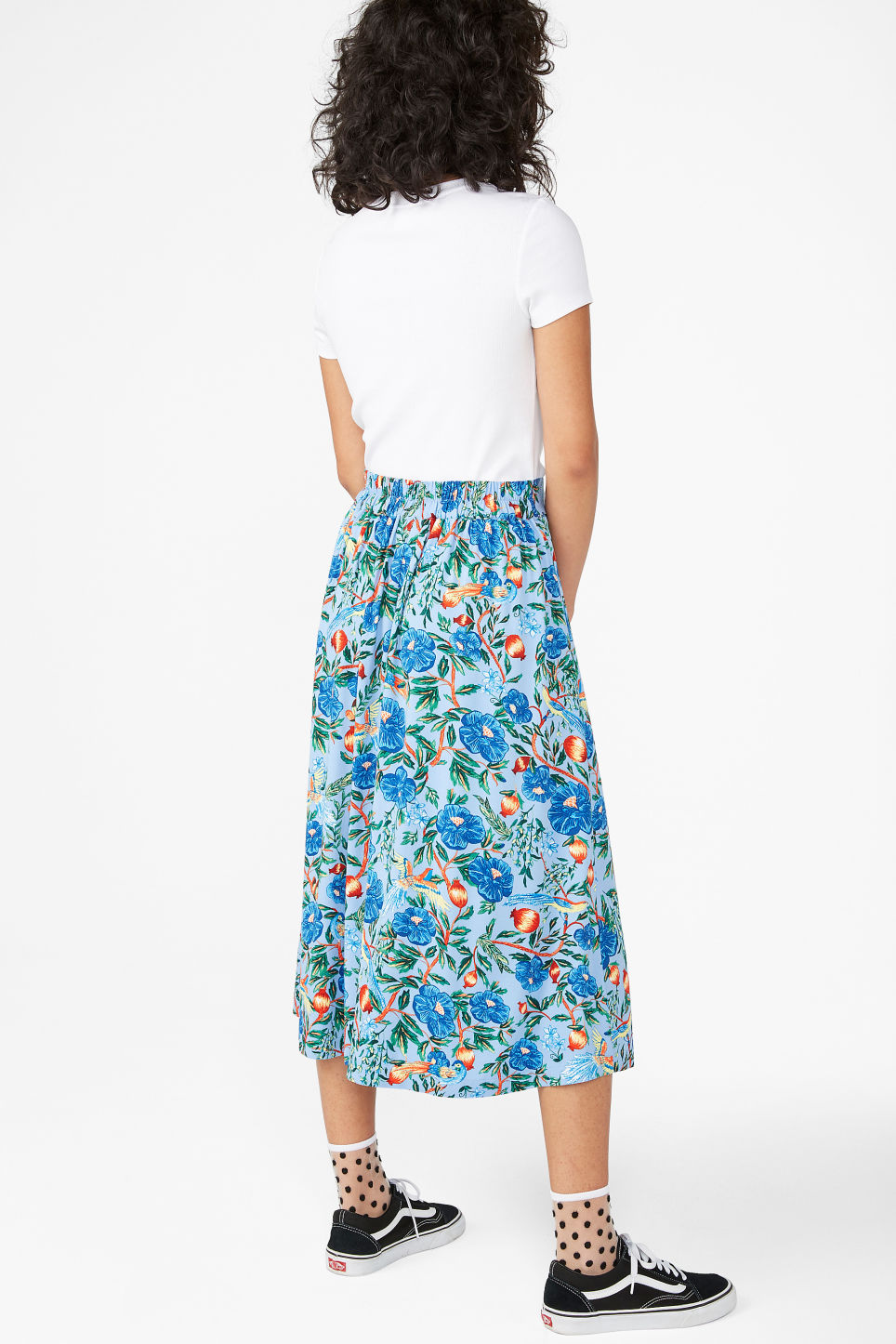 Model back image of Monki belted midi skirt in blue