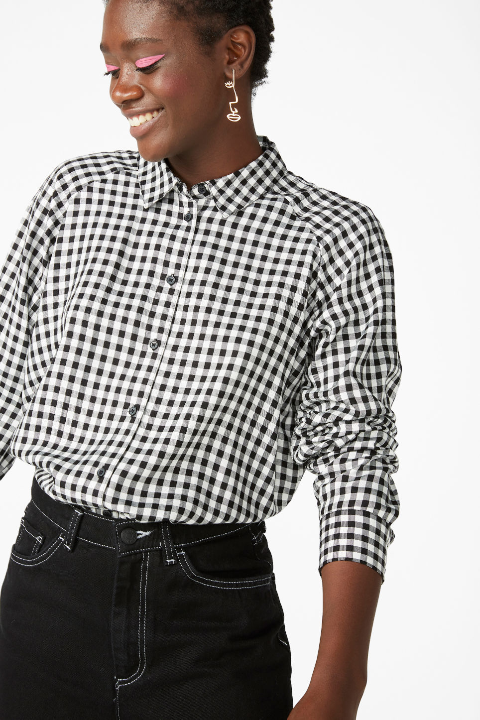 Model front image of Monki button-up shirt in black