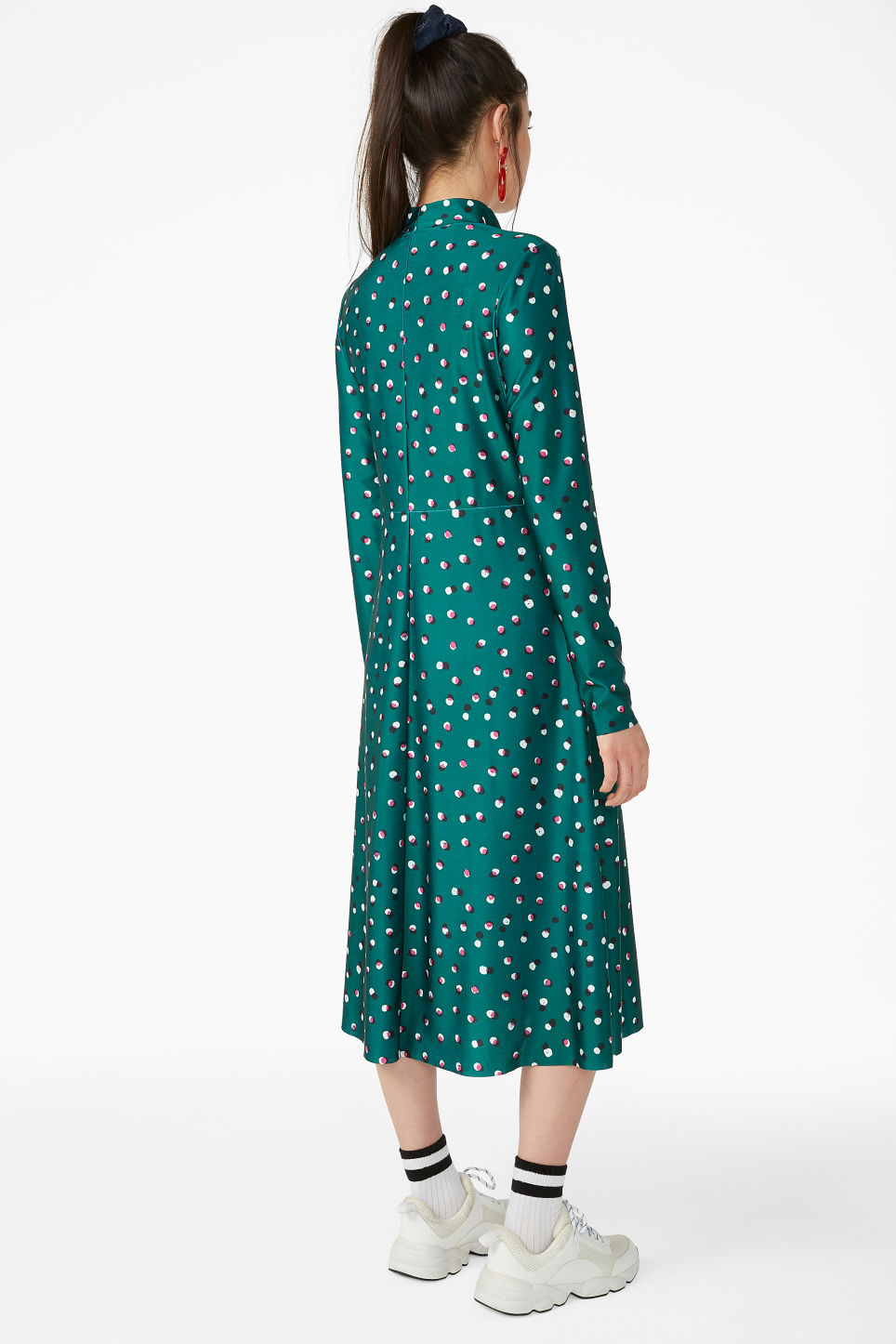 Model back image of Monki raised neck dress in green