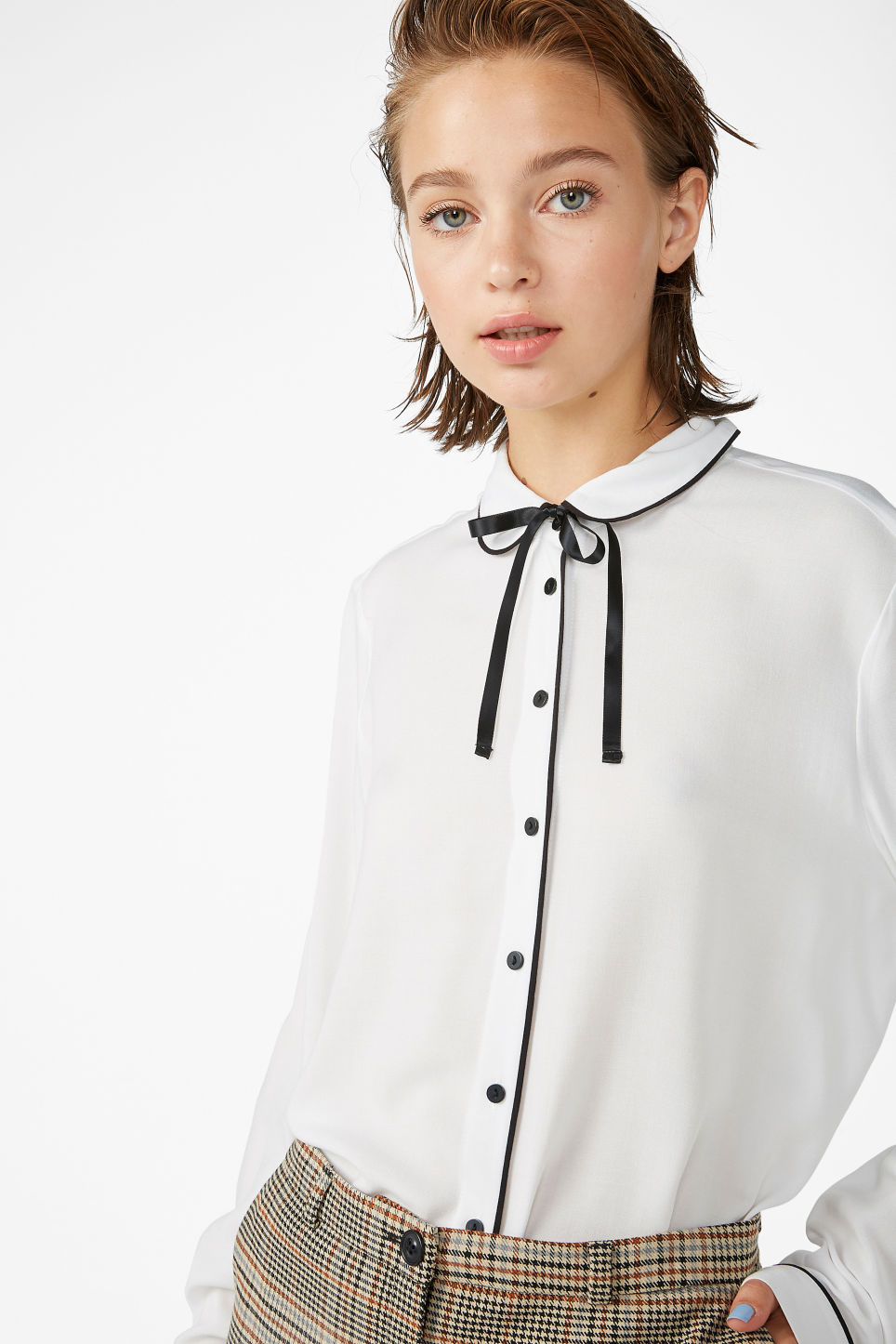 Model front image of Monki classic button-up shirt  in white