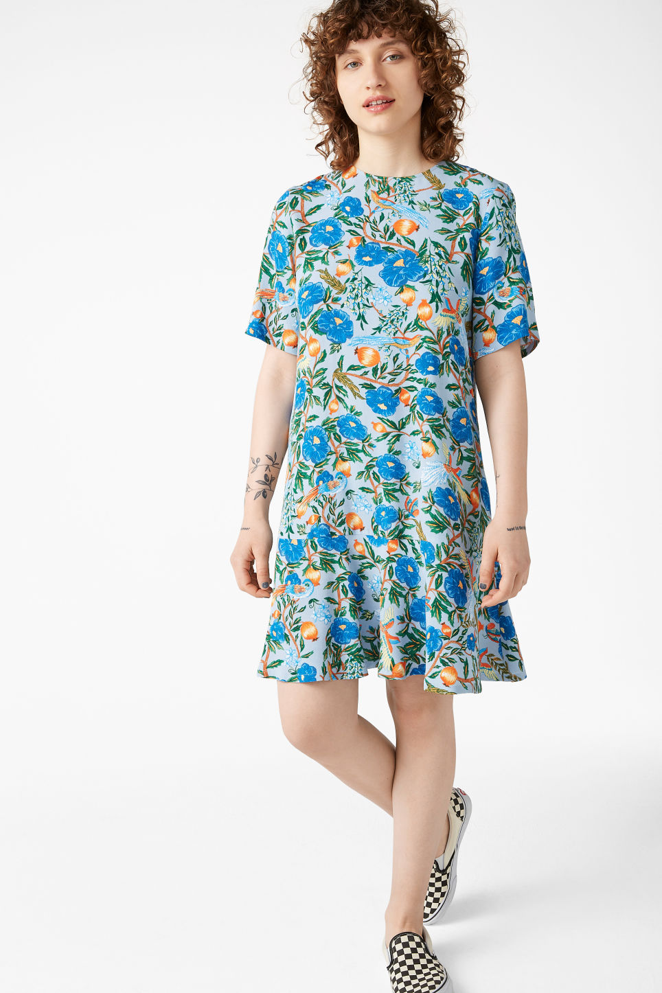 Model front image of Monki flounce t-shirt dress in blue