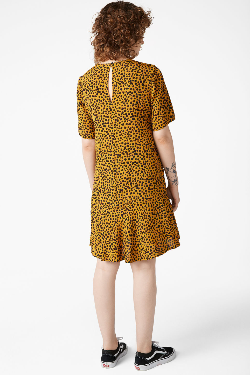 Model back image of Monki flounce t-shirt dress in yellow