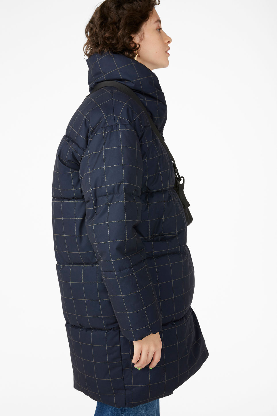 Model front image of Monki puffer coat in blue