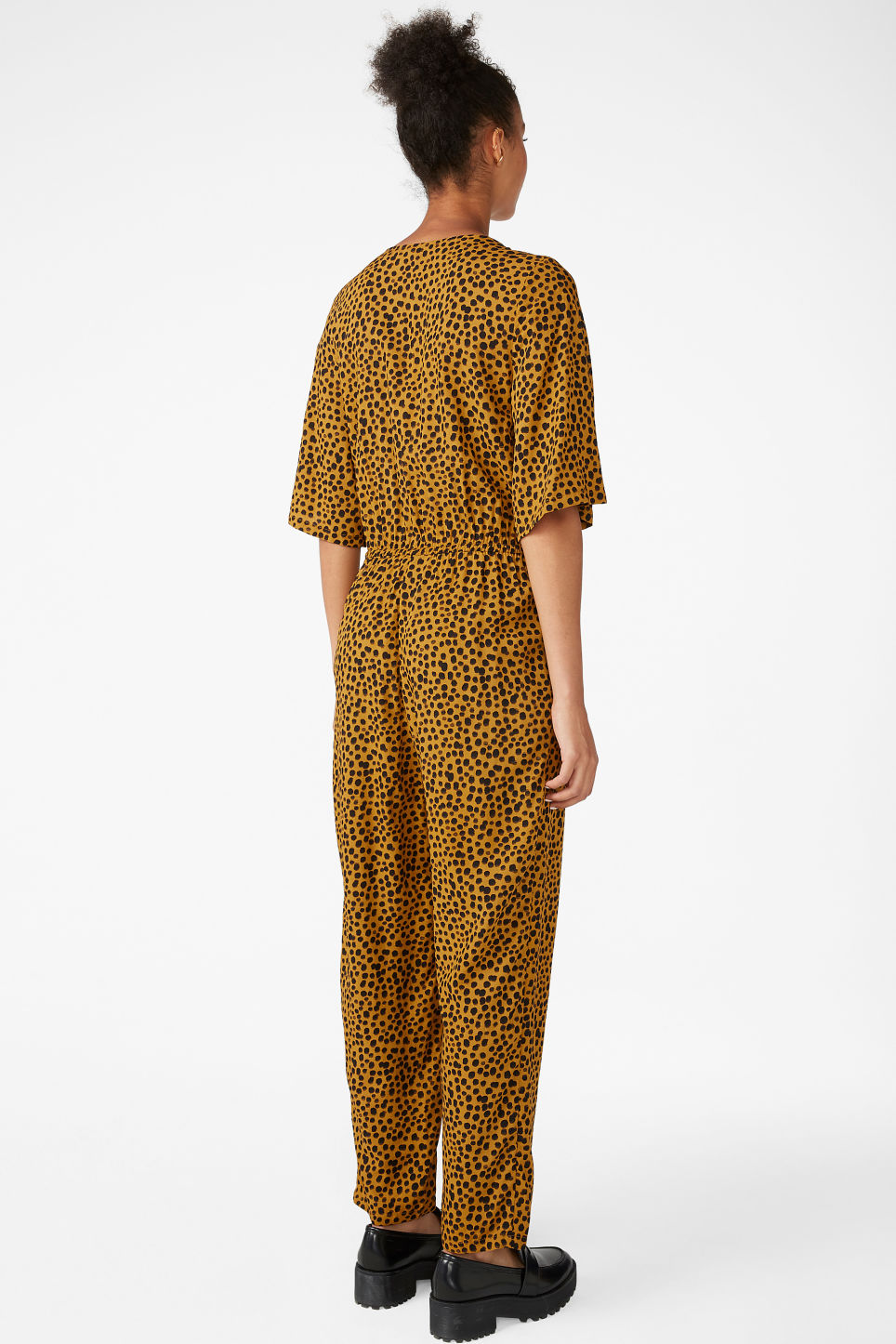 Model back image of Monki lightweight jumpsuit  in yellow