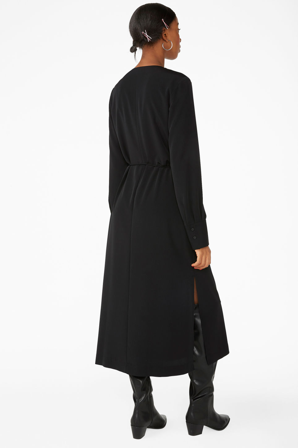 Model back image of Monki long wrap dress in black