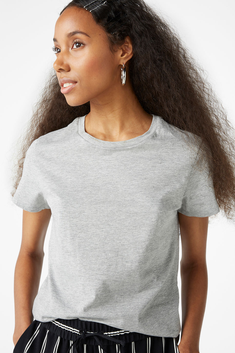 Model front image of Monki cotton tee in grey