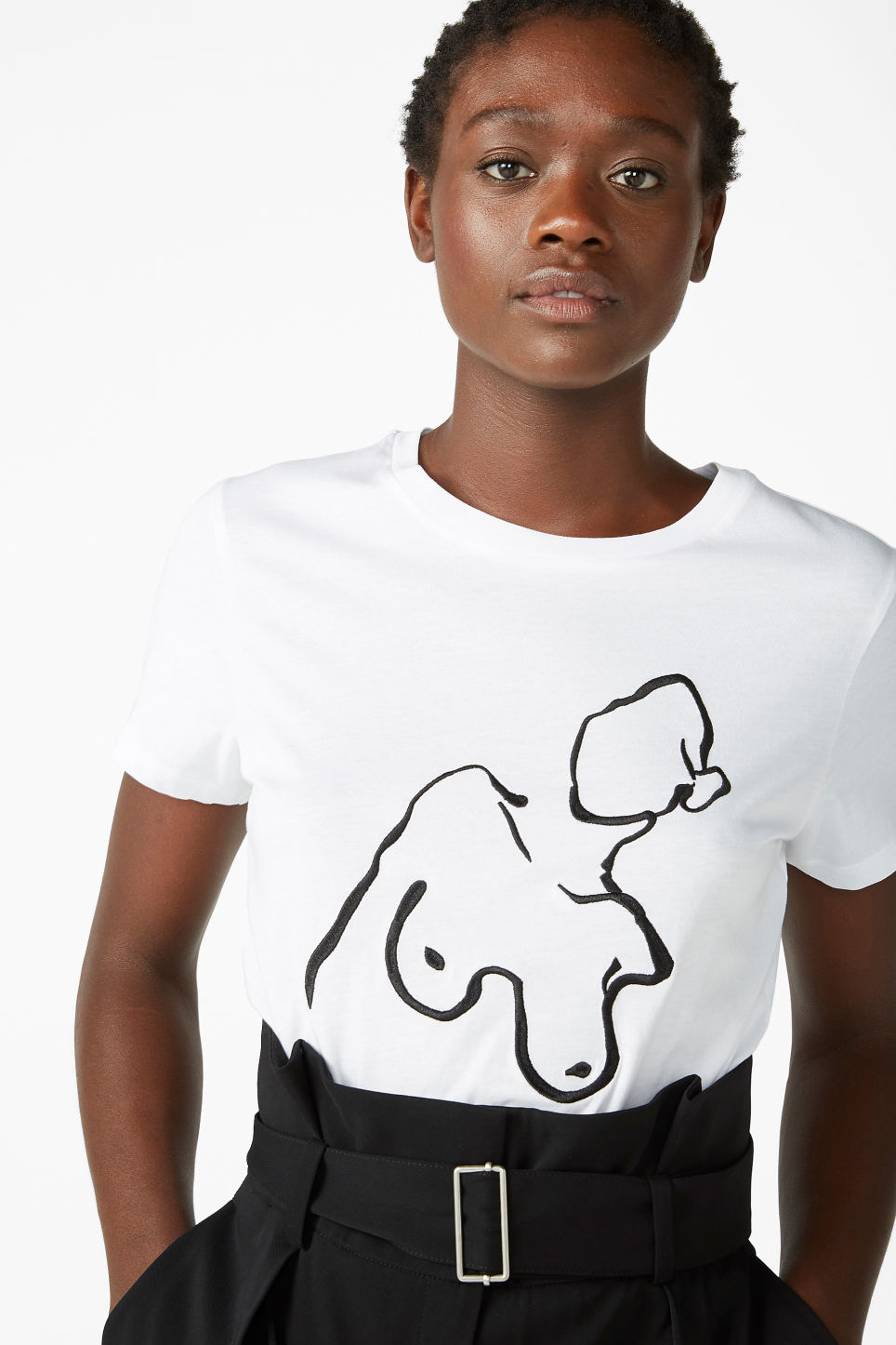 Model front image of Monki cotton tee in white