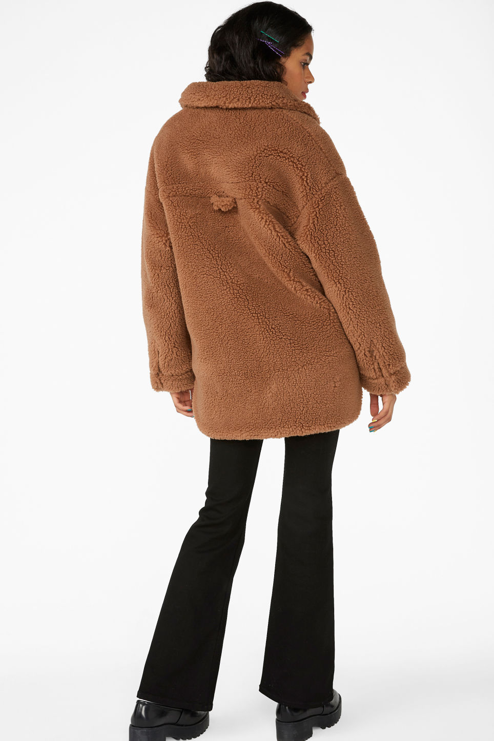 Model back image of Monki oversized faux shearling coat in beige