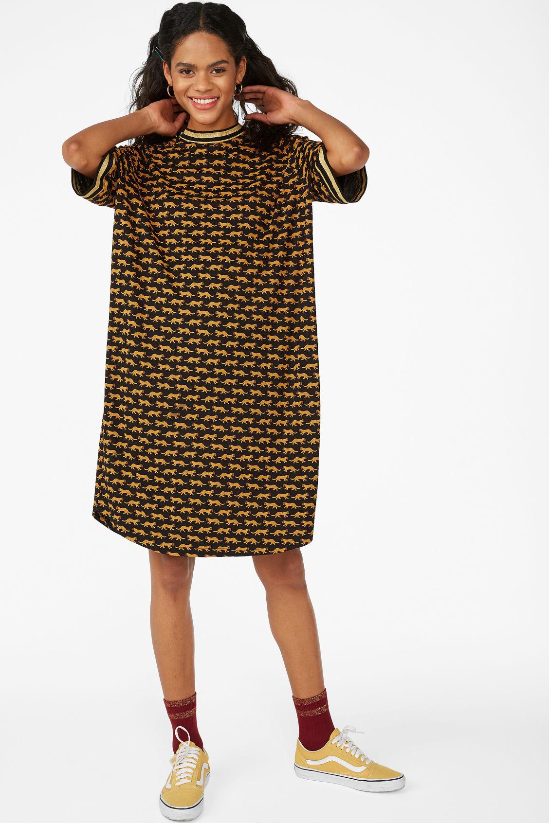 5491d72e4b Model front image of Monki sporty t-shirt dress in black