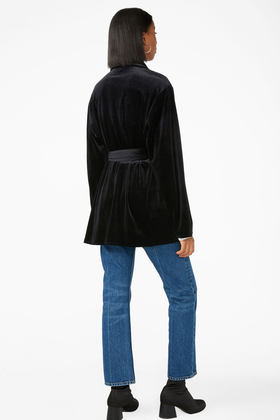 Model back image of Monki velvet wrap blazer in black