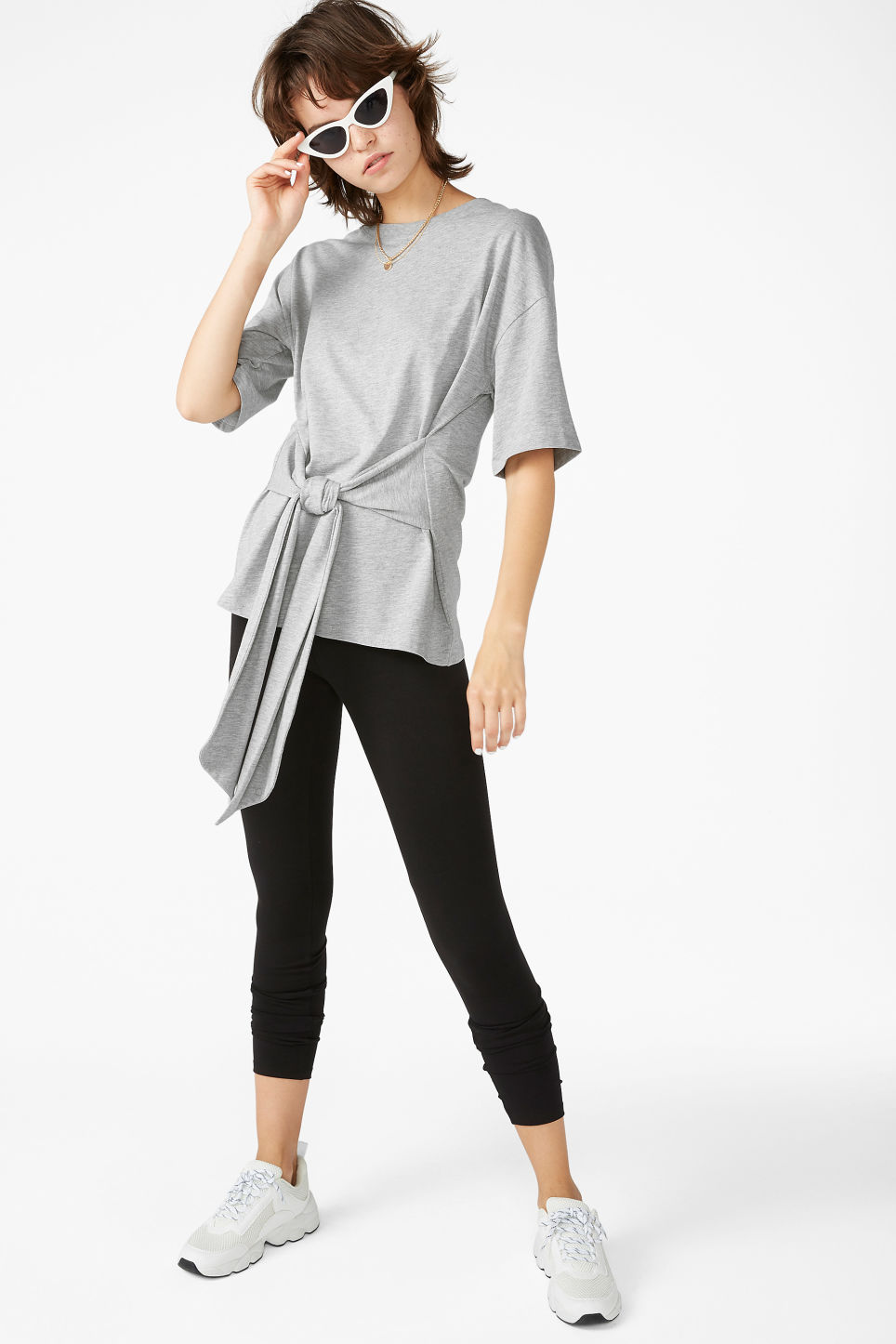 Model front image of Monki oversized front tie tee in grey