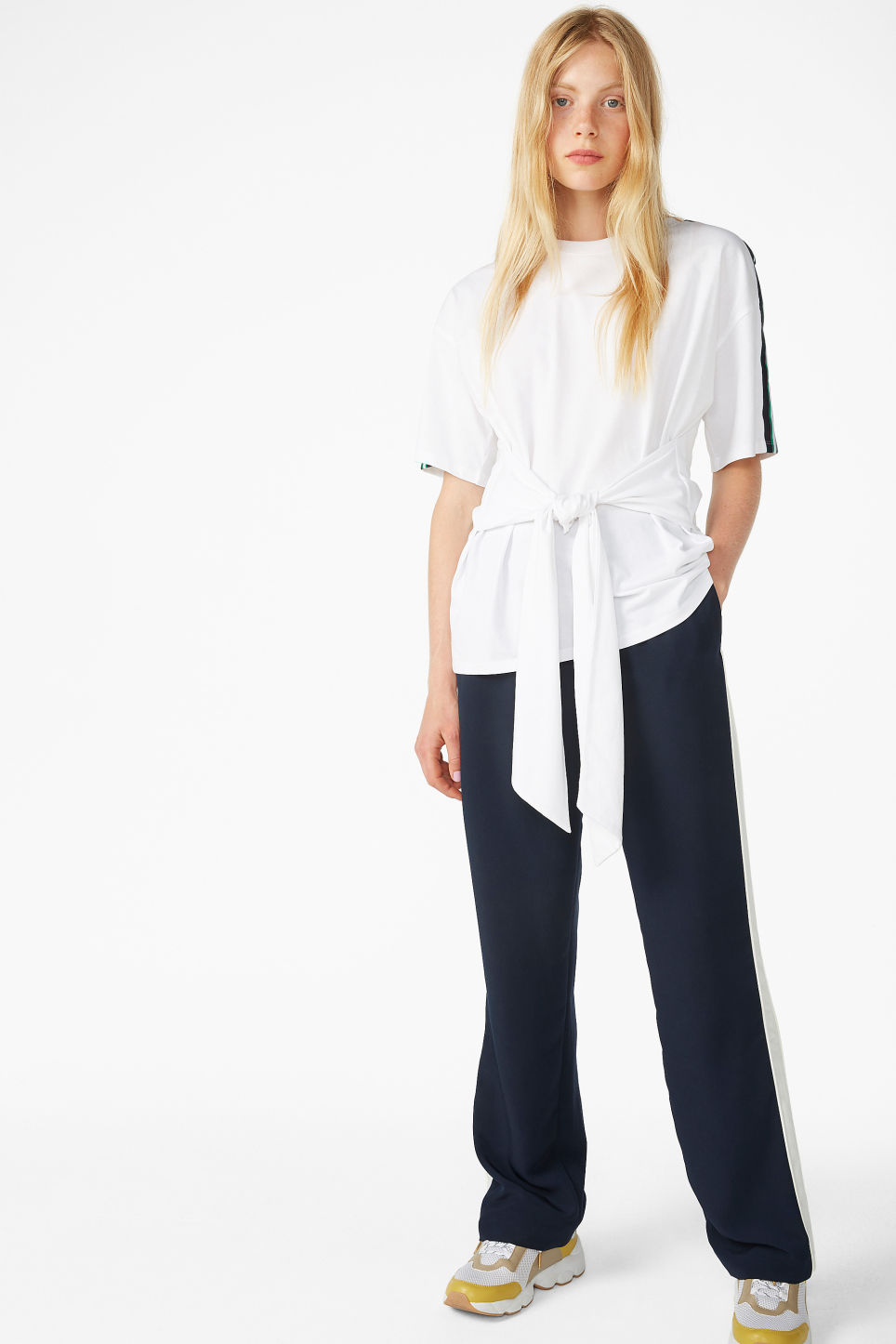 Model front image of Monki oversized front tie tee in white