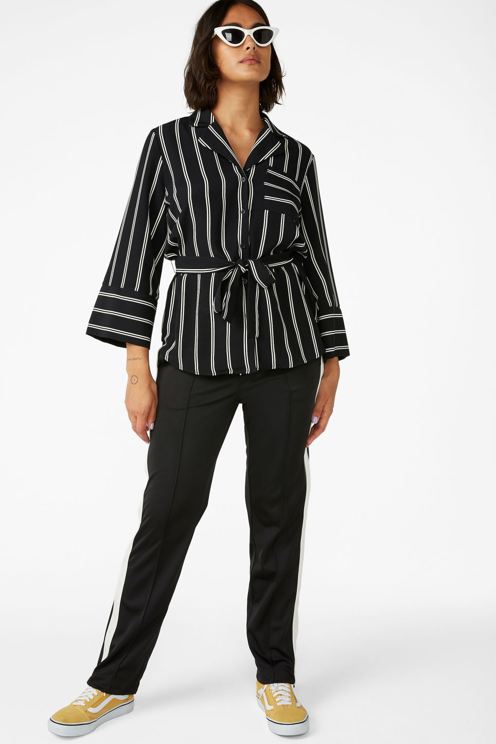 Model front image of Monki luxe kimono shirt in black
