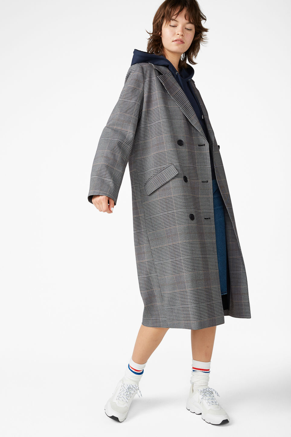 Model front image of Monki longline coat  in grey