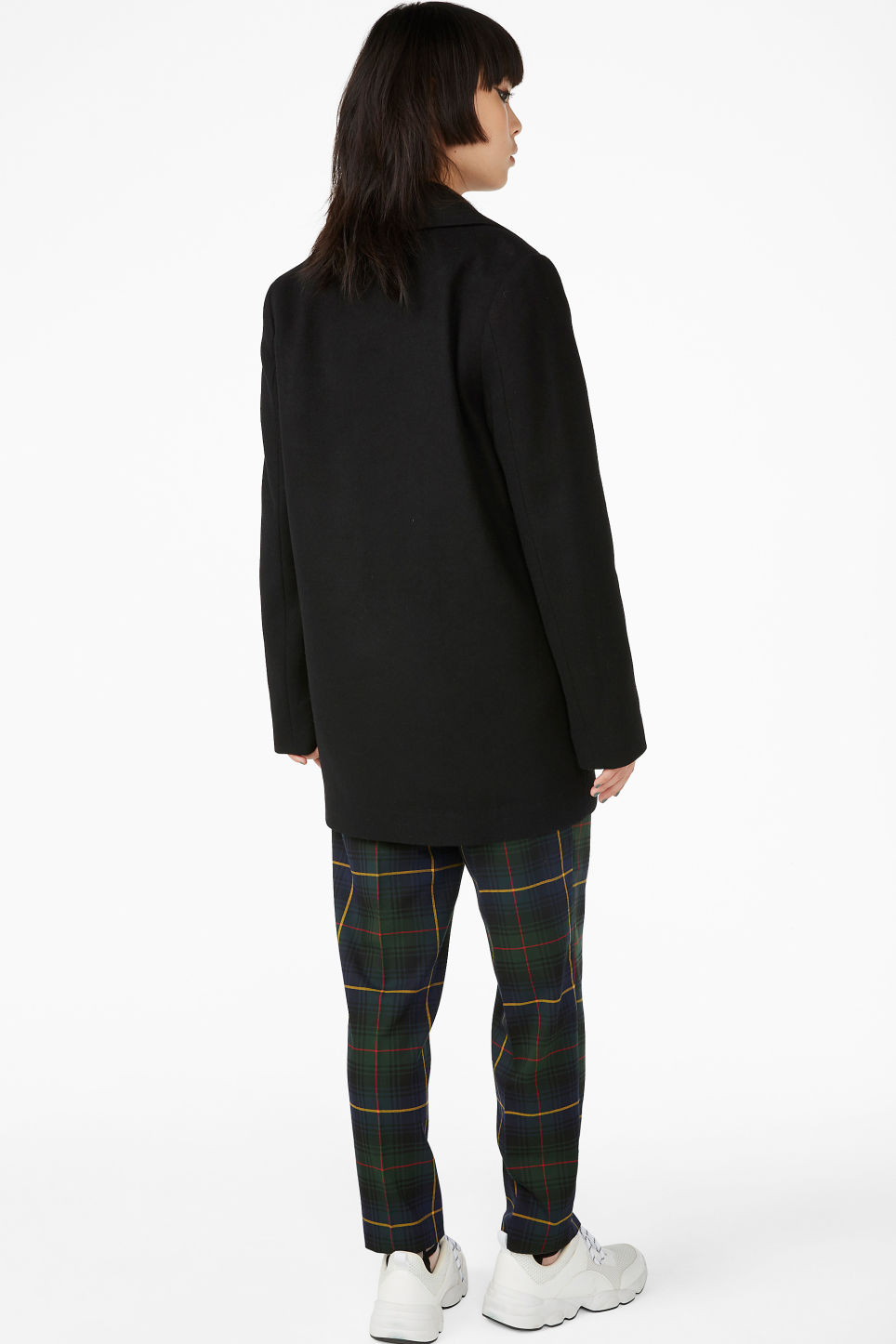 Model back image of Monki double breasted coat in black