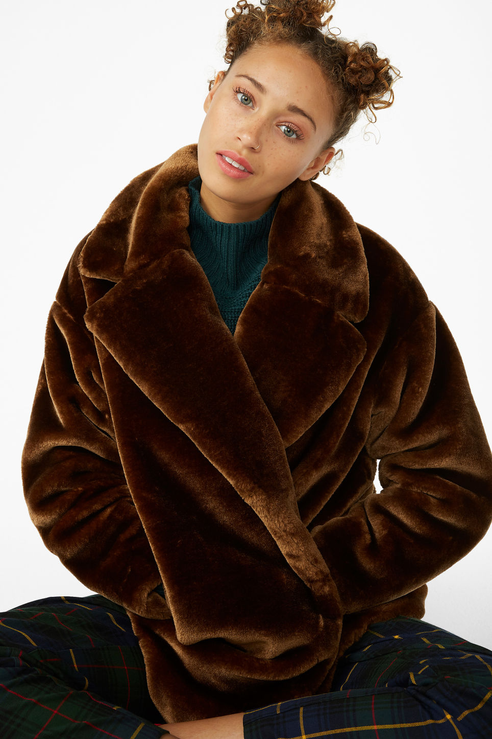Model front image of Monki super-soft fluffy coat in beige