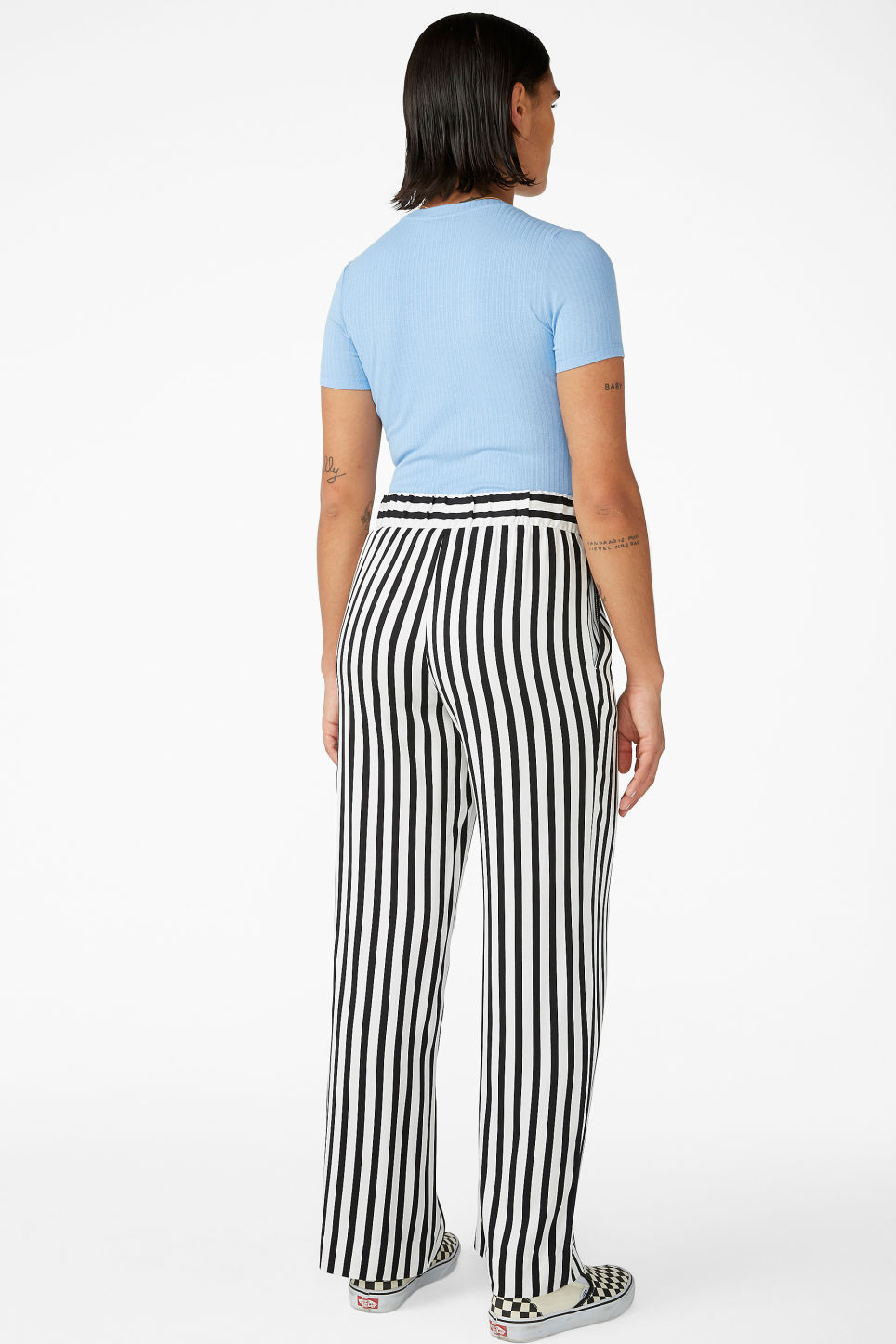 Model back image of Monki wide and straight trousers  in black