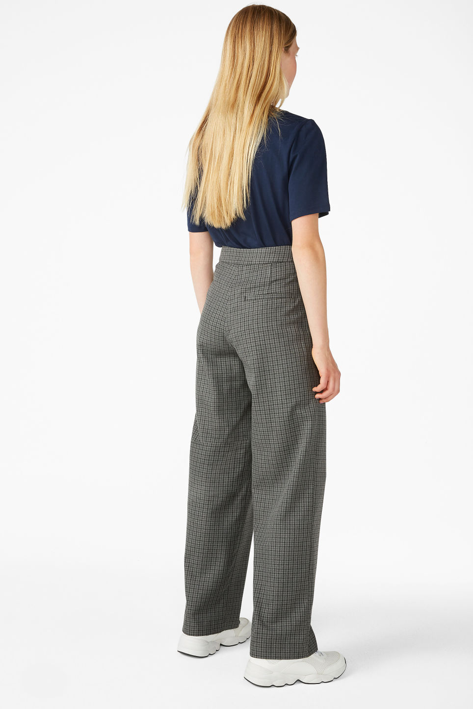 Model back image of Monki high waisted trousers in grey