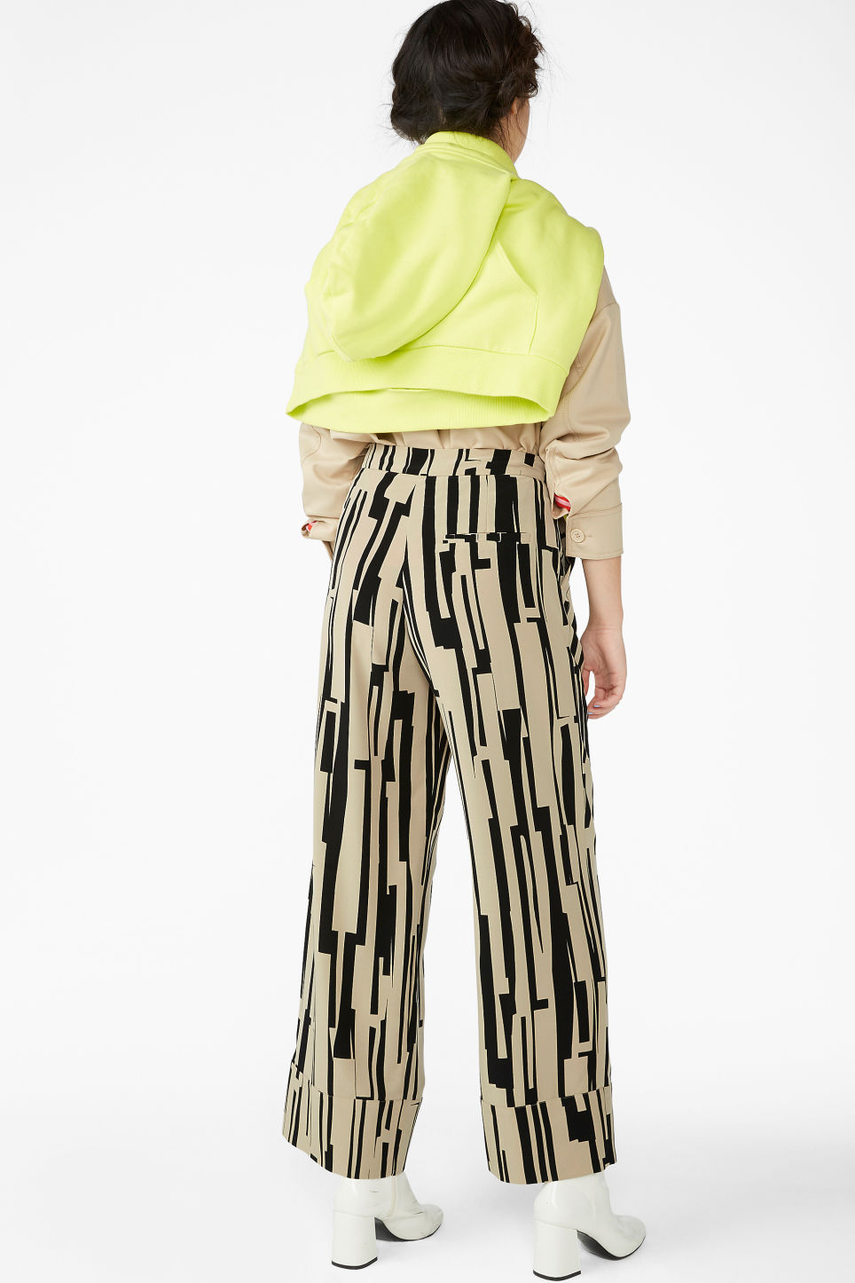 Model back image of Monki high waisted trousers in beige