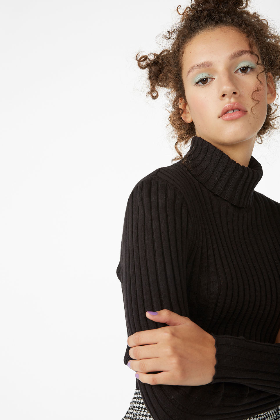 Model front image of Monki ribbed turtleneck in black