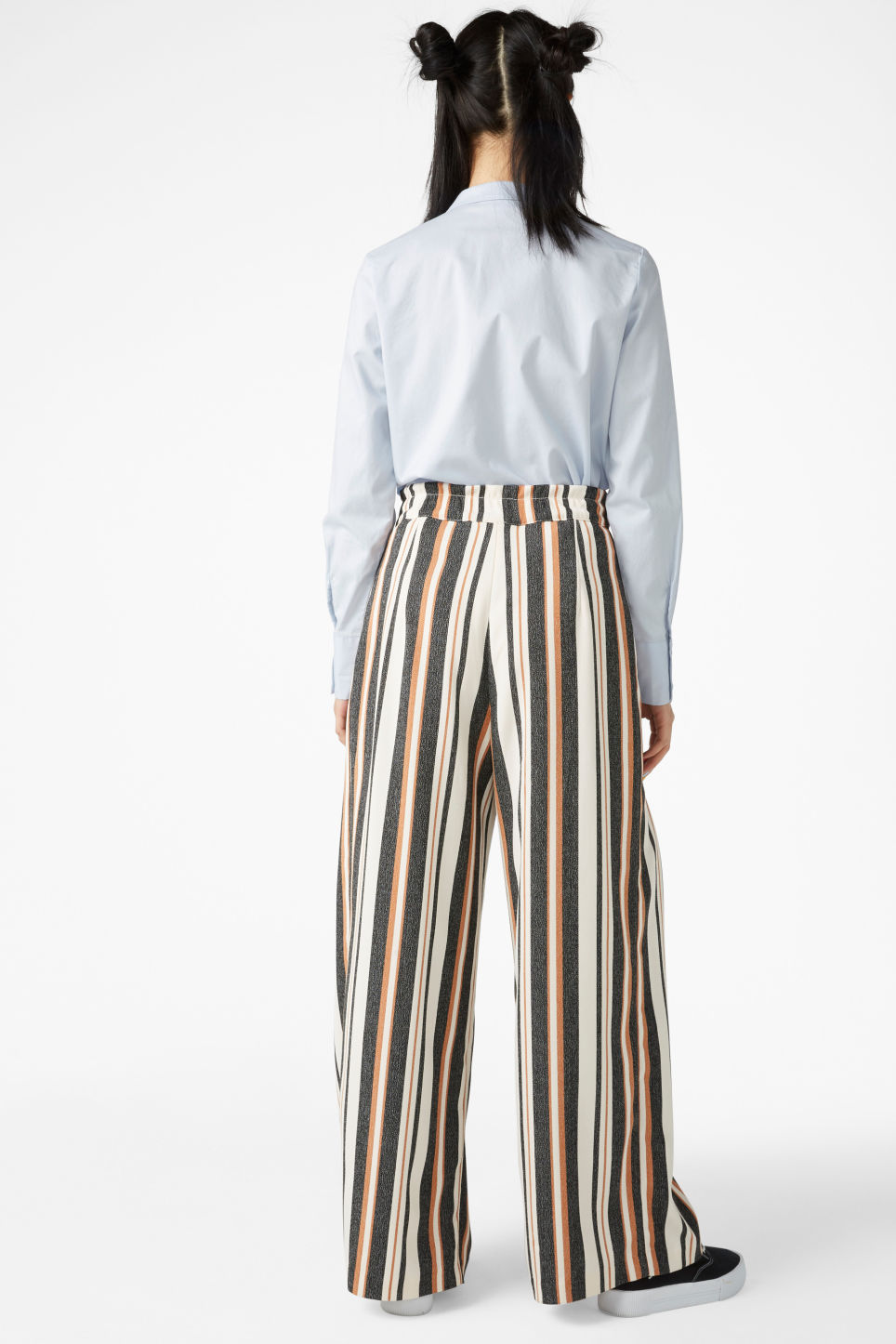 Model back image of Monki wide leg trousers in yellow