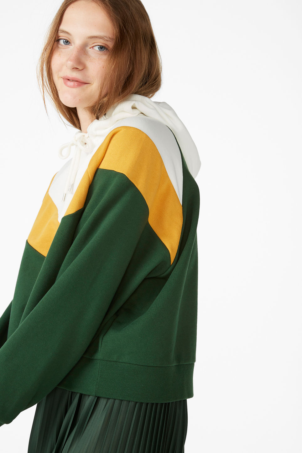 Model front image of Monki cropped hoodie in green