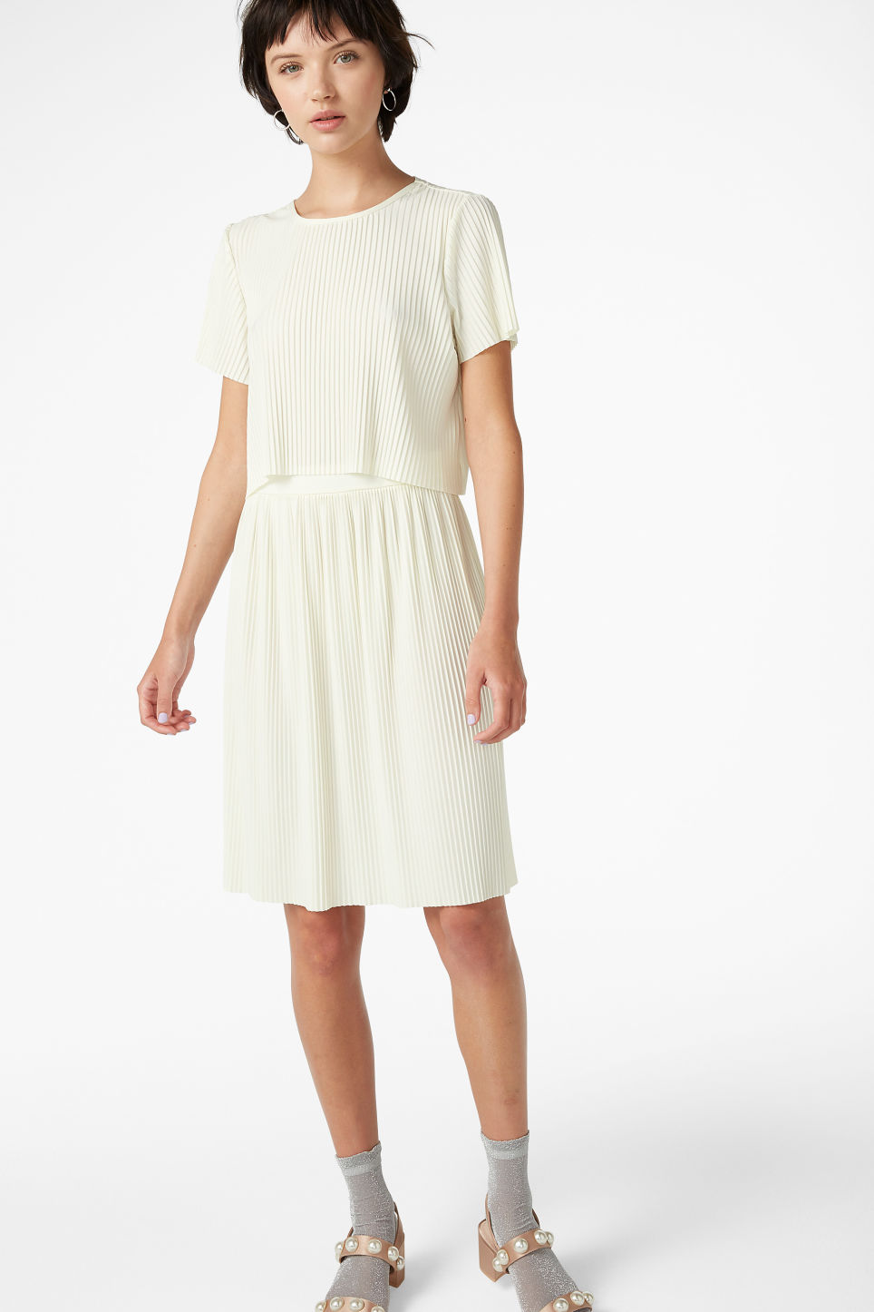 Model side image of Monki pleated top in white