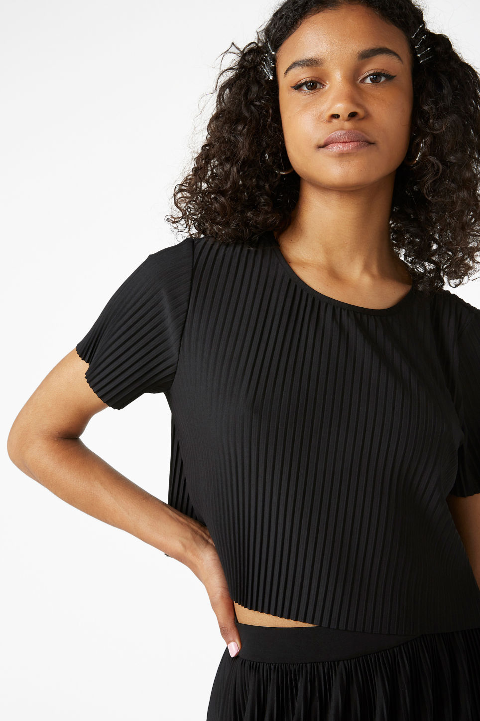 Model front image of Monki pleated top in black