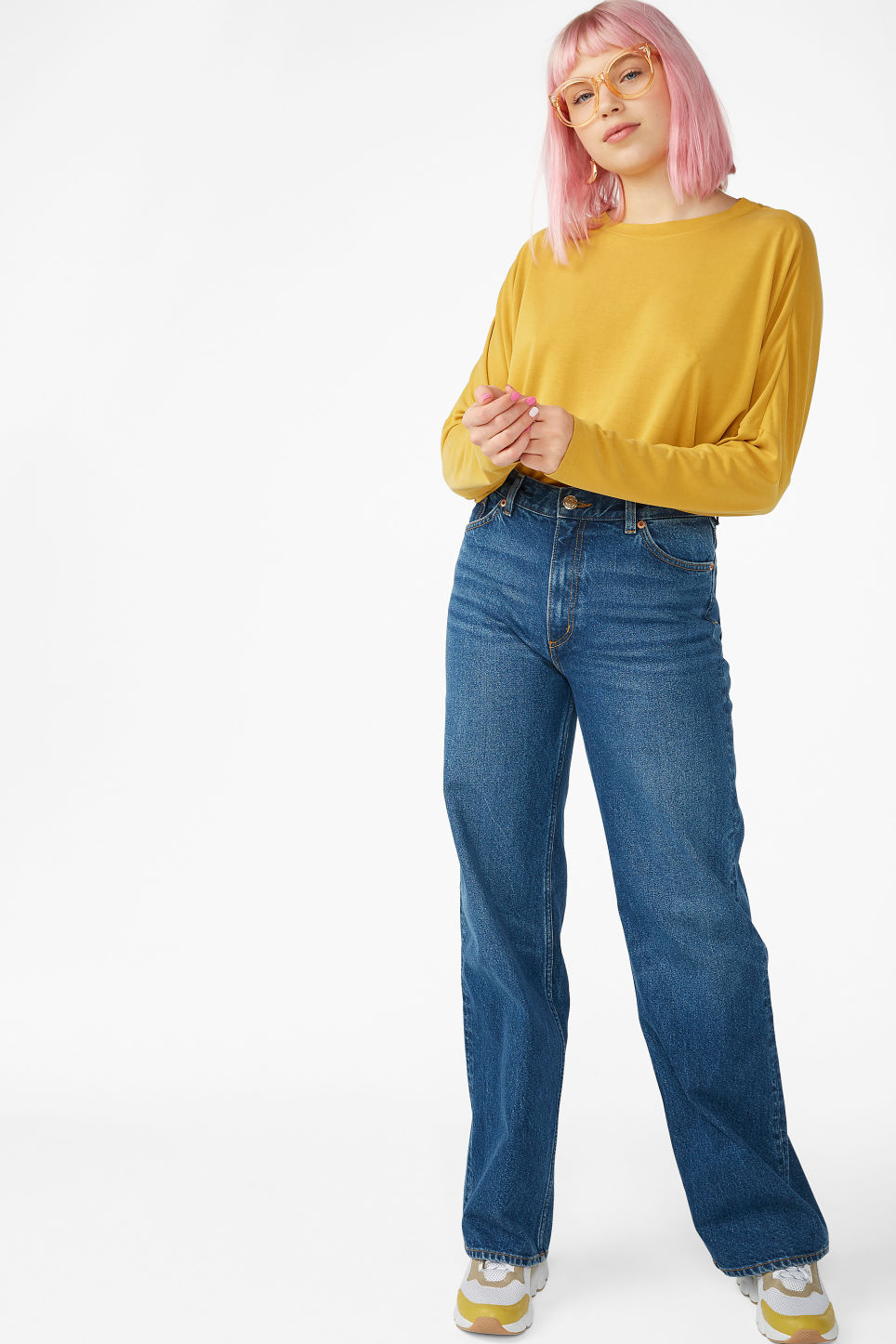 Model side image of Monki super-soft top in yellow