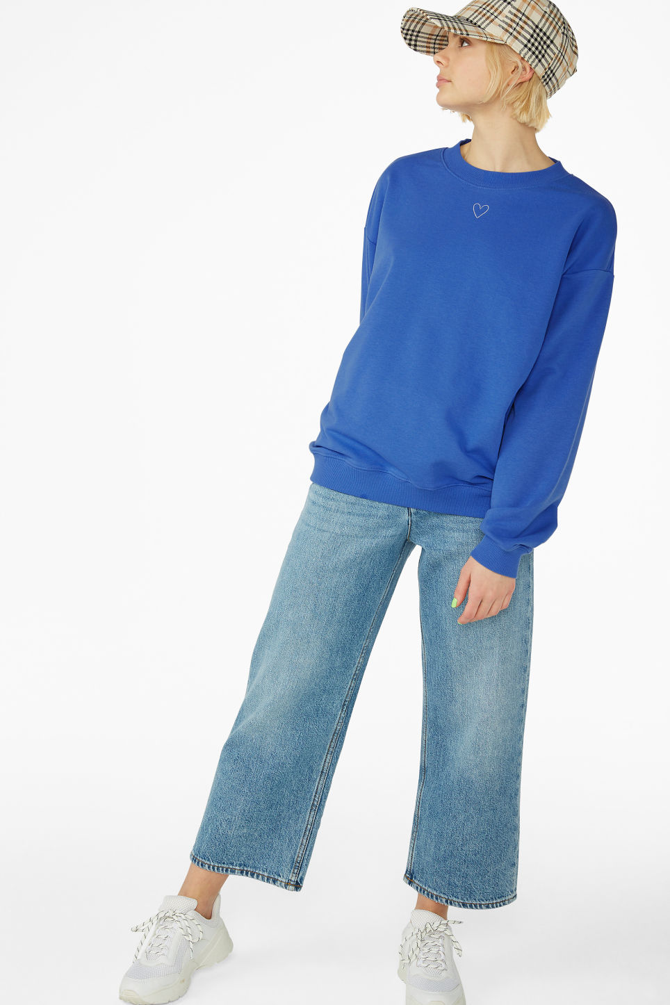 Model front image of Monki loose-fit sweater in blue