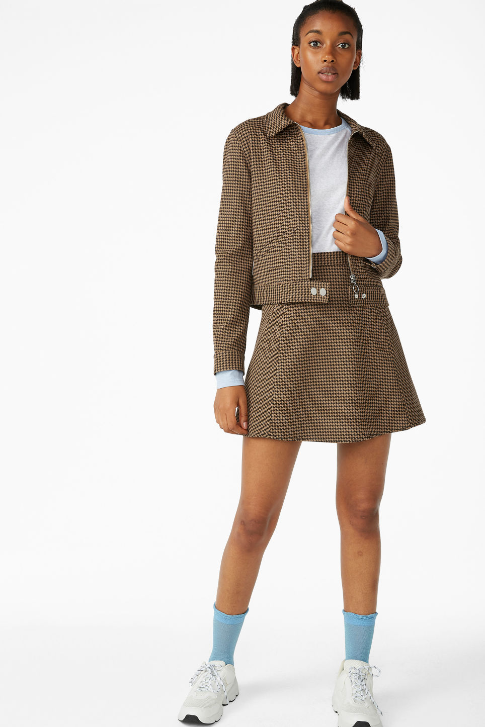 Model front image of Monki cropped jacket in beige