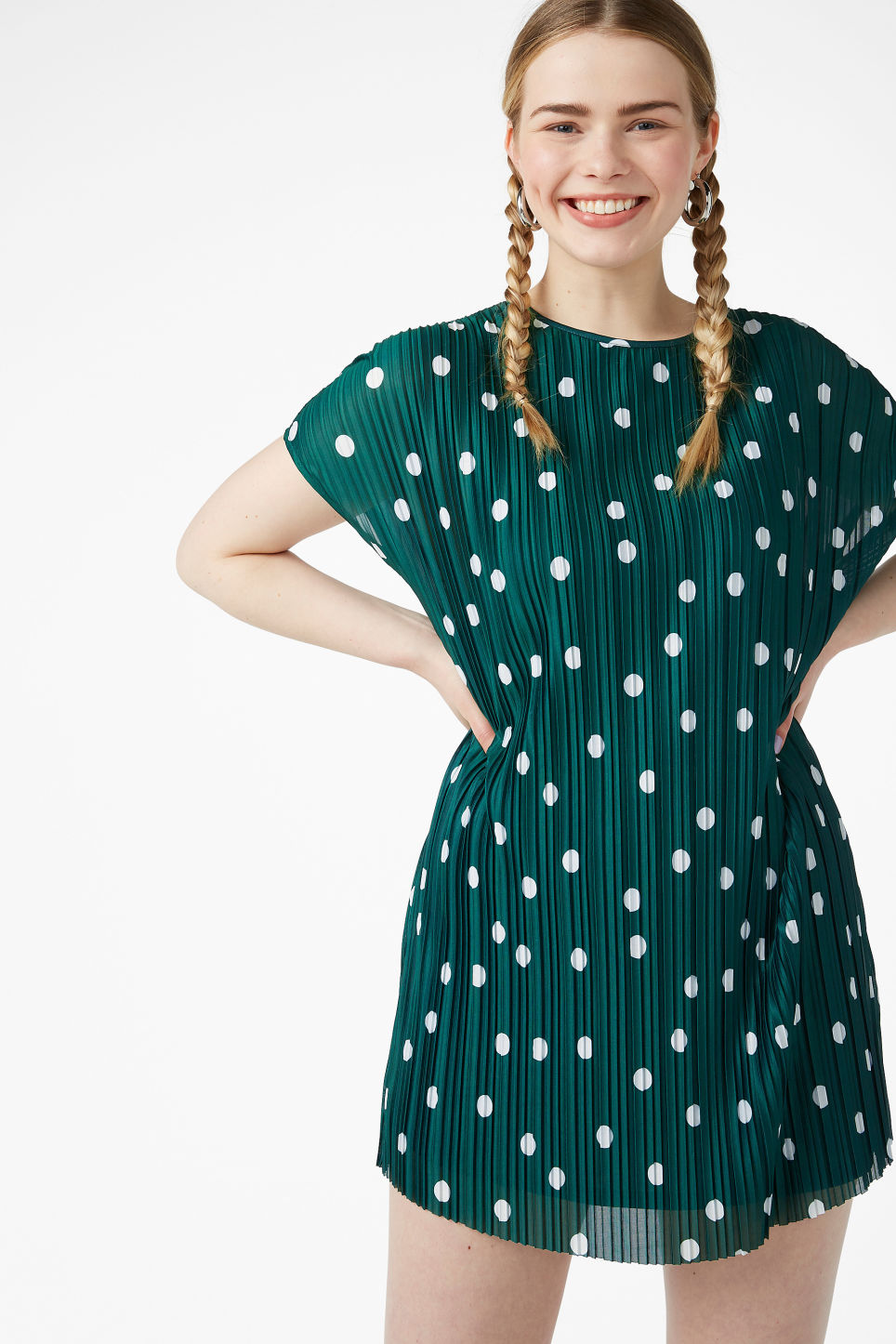 Model front image of Monki pleated t-shirt dress in green