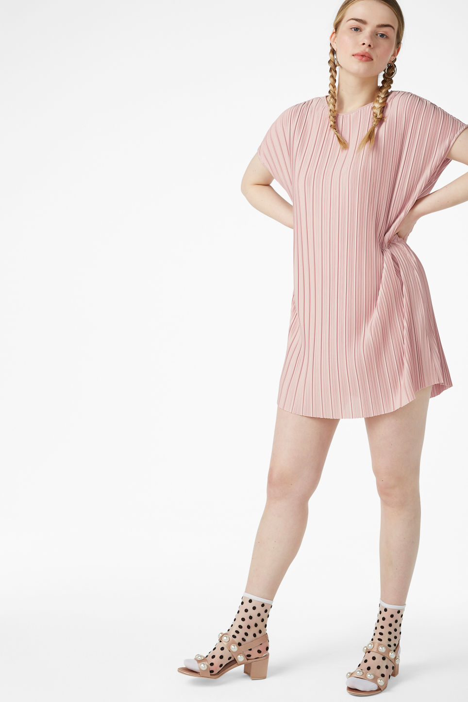 Model front image of Monki pleated t-shirt dress in orange