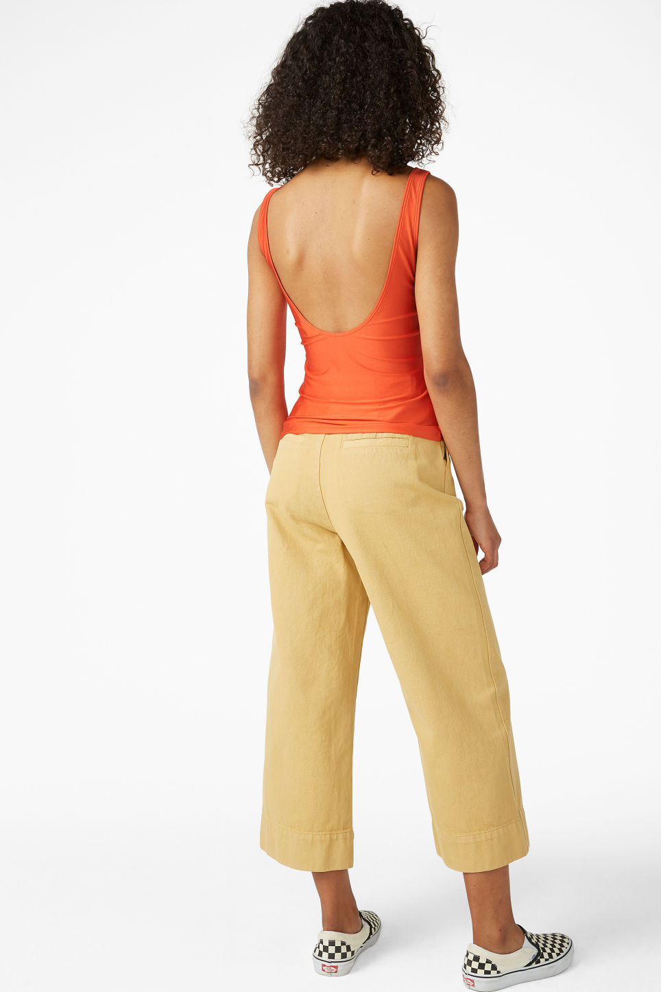 Model back image of Monki stretchy singlet in orange