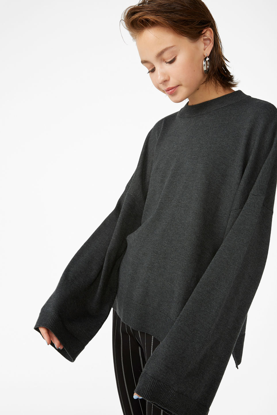 Model front image of Monki crew neck sweater in black
