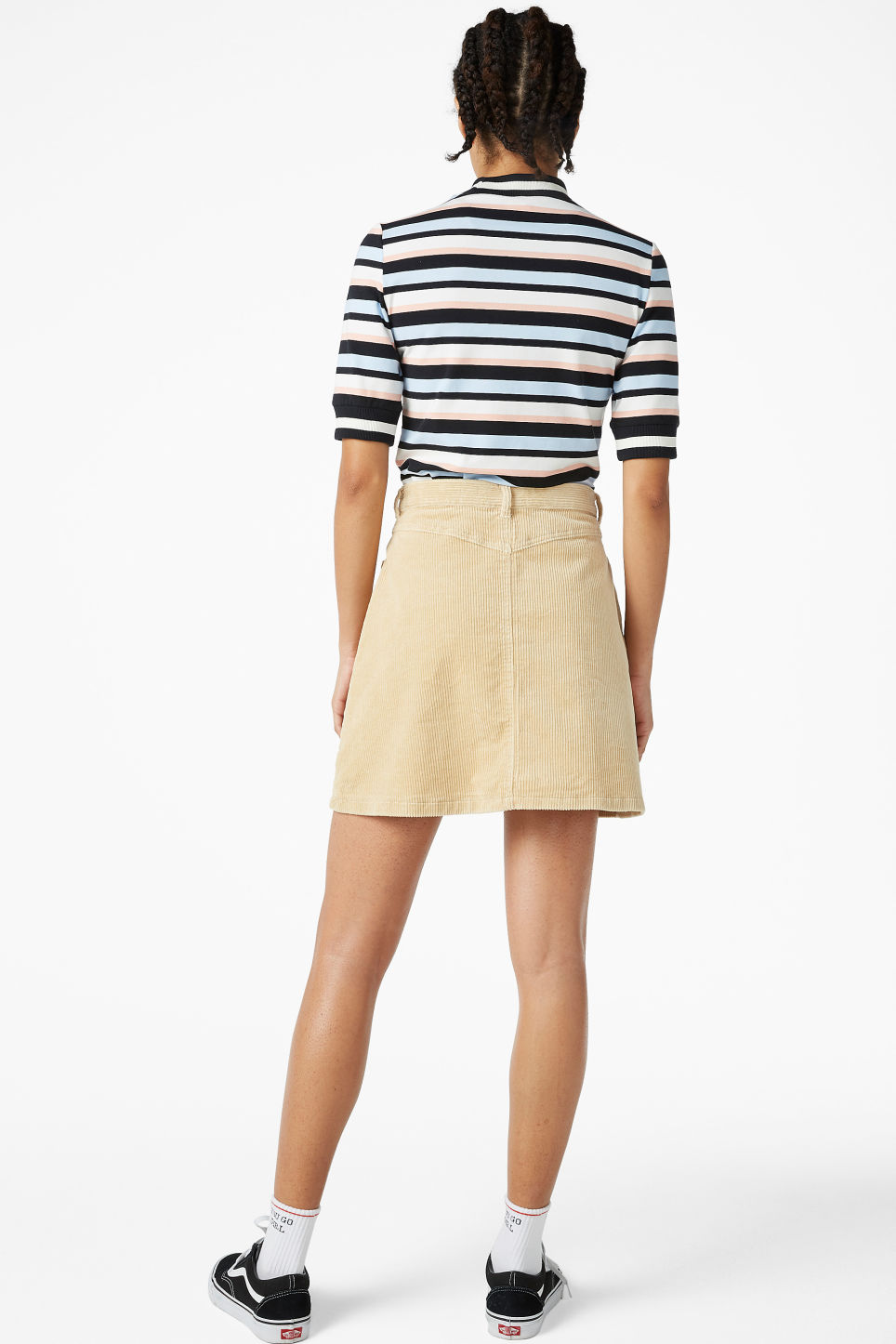 Model back image of Monki mini skirt in beige