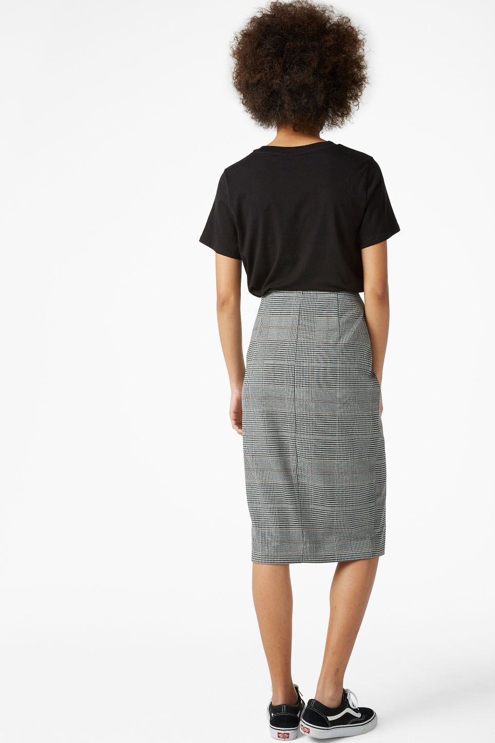 Model back image of Monki high waist skirt in grey