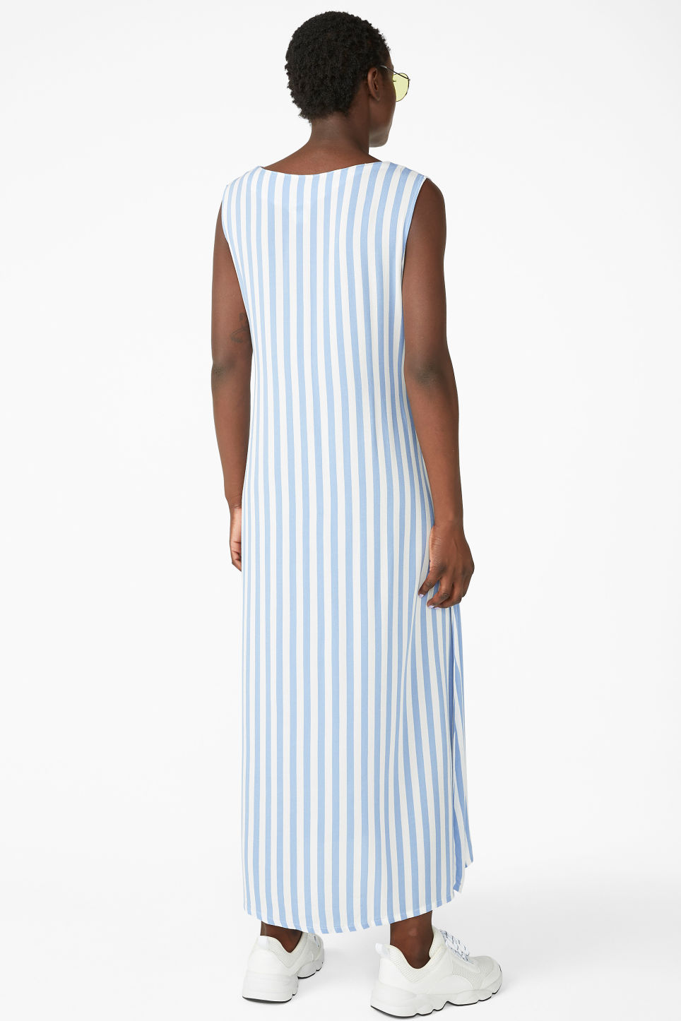 Model back image of Monki flowy sleeveless dress in white