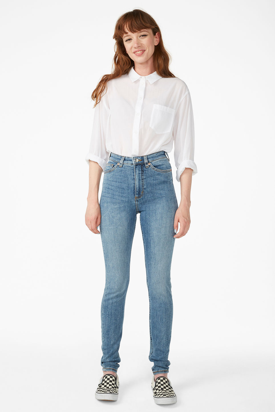 Model front image of Monki oki jeans in blue