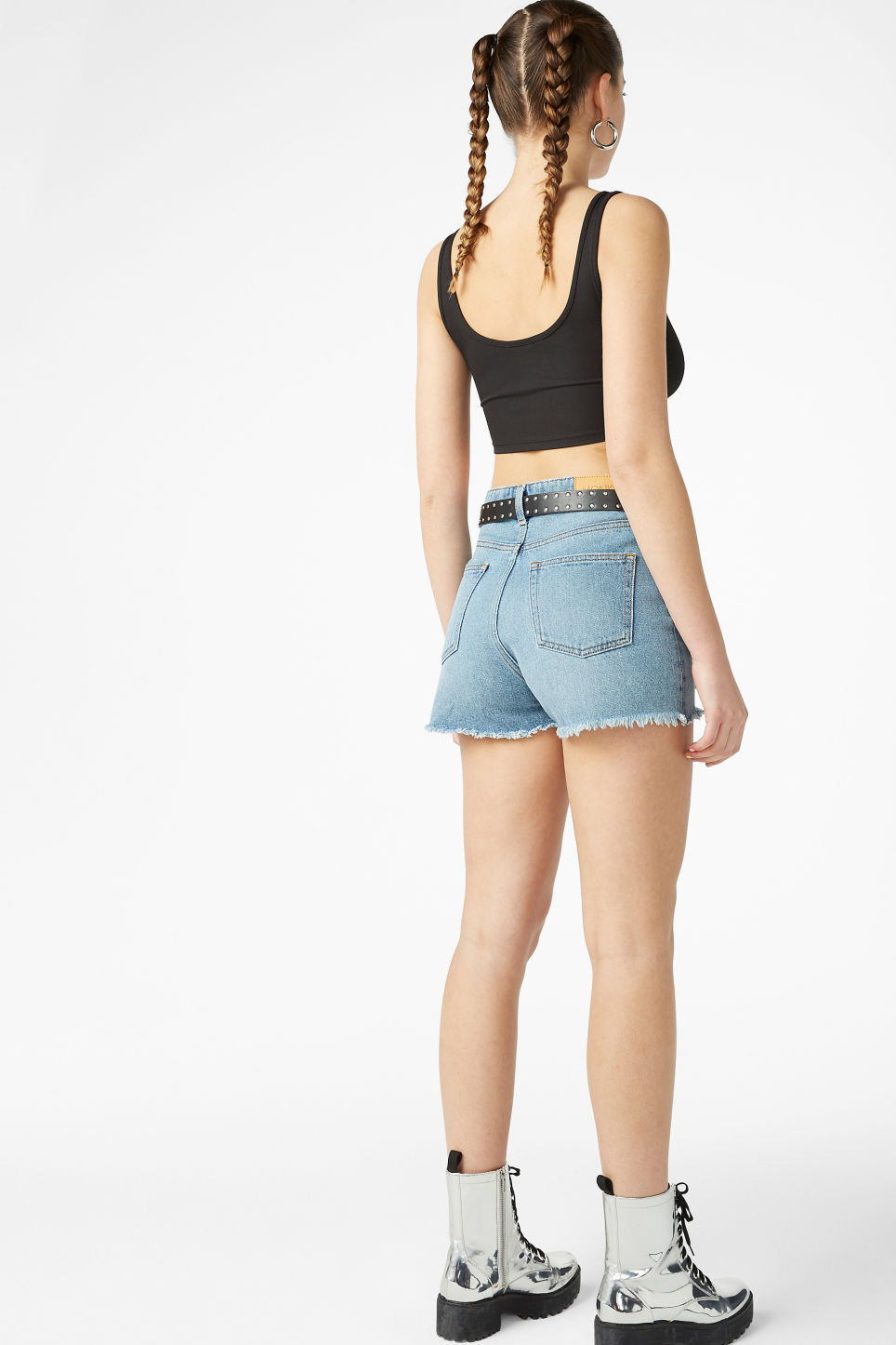 Model back image of Monki cropped top in black