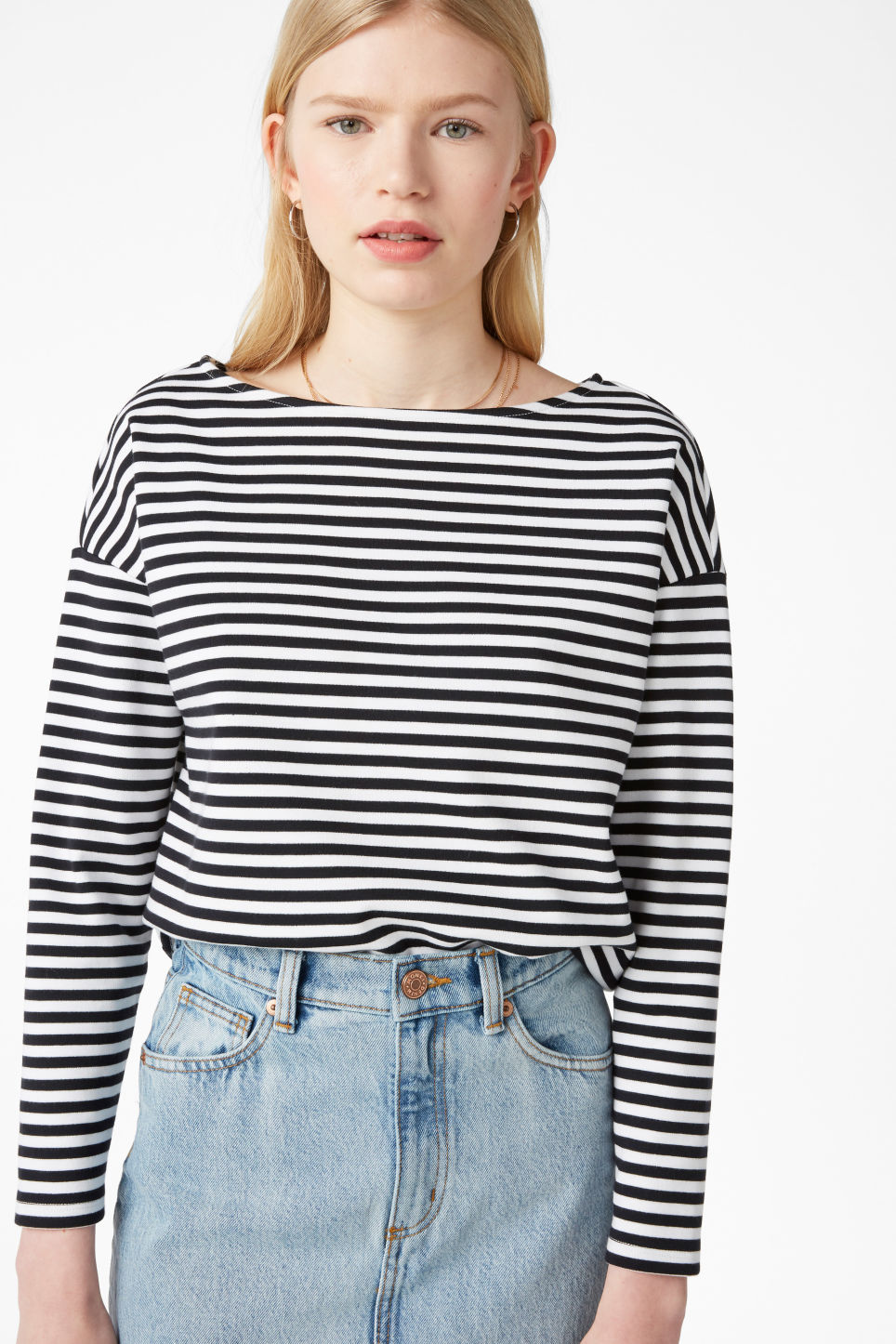 Model front image of Monki boat neck top in black