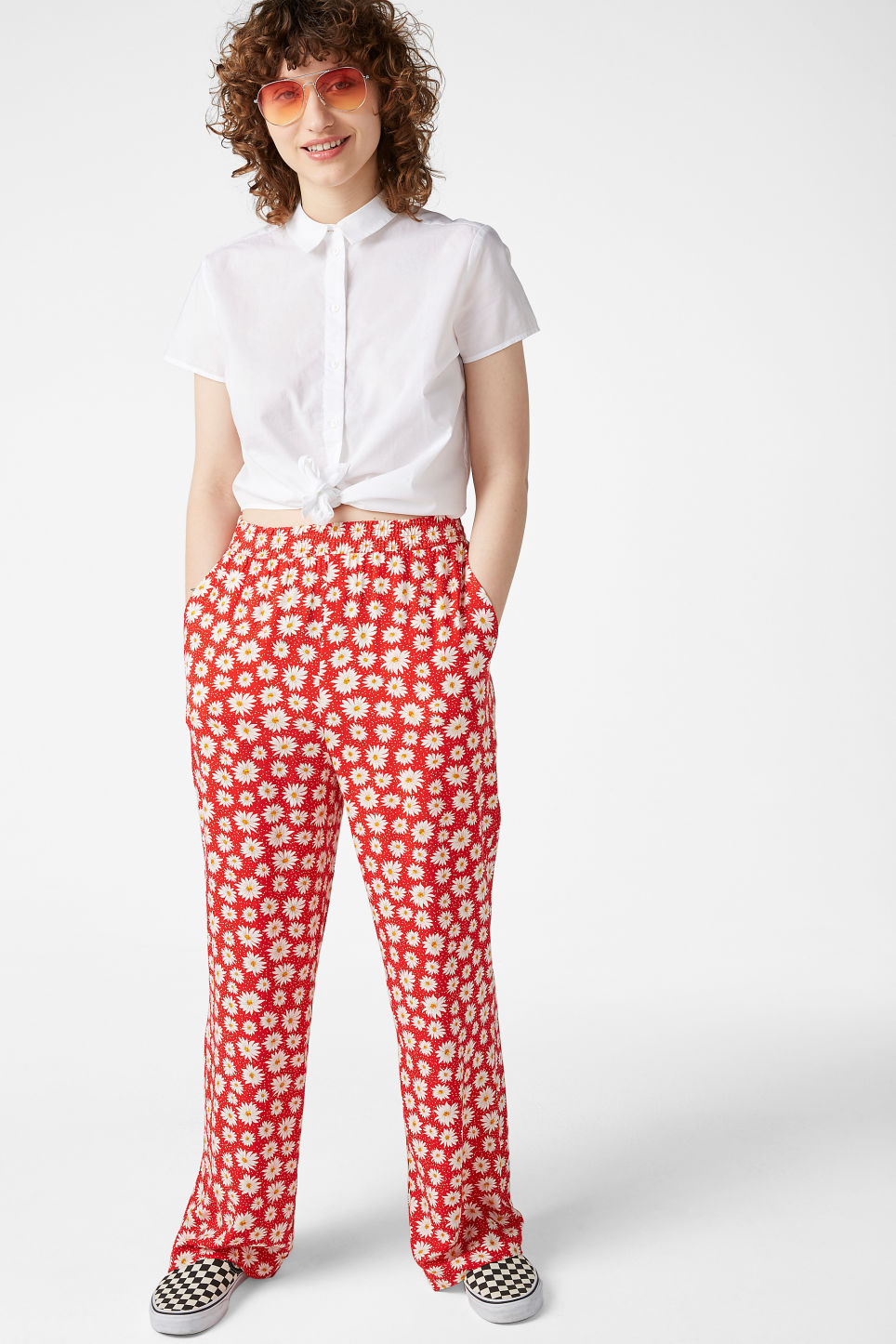 Model front image of Monki relaxed pull-on trousers in red