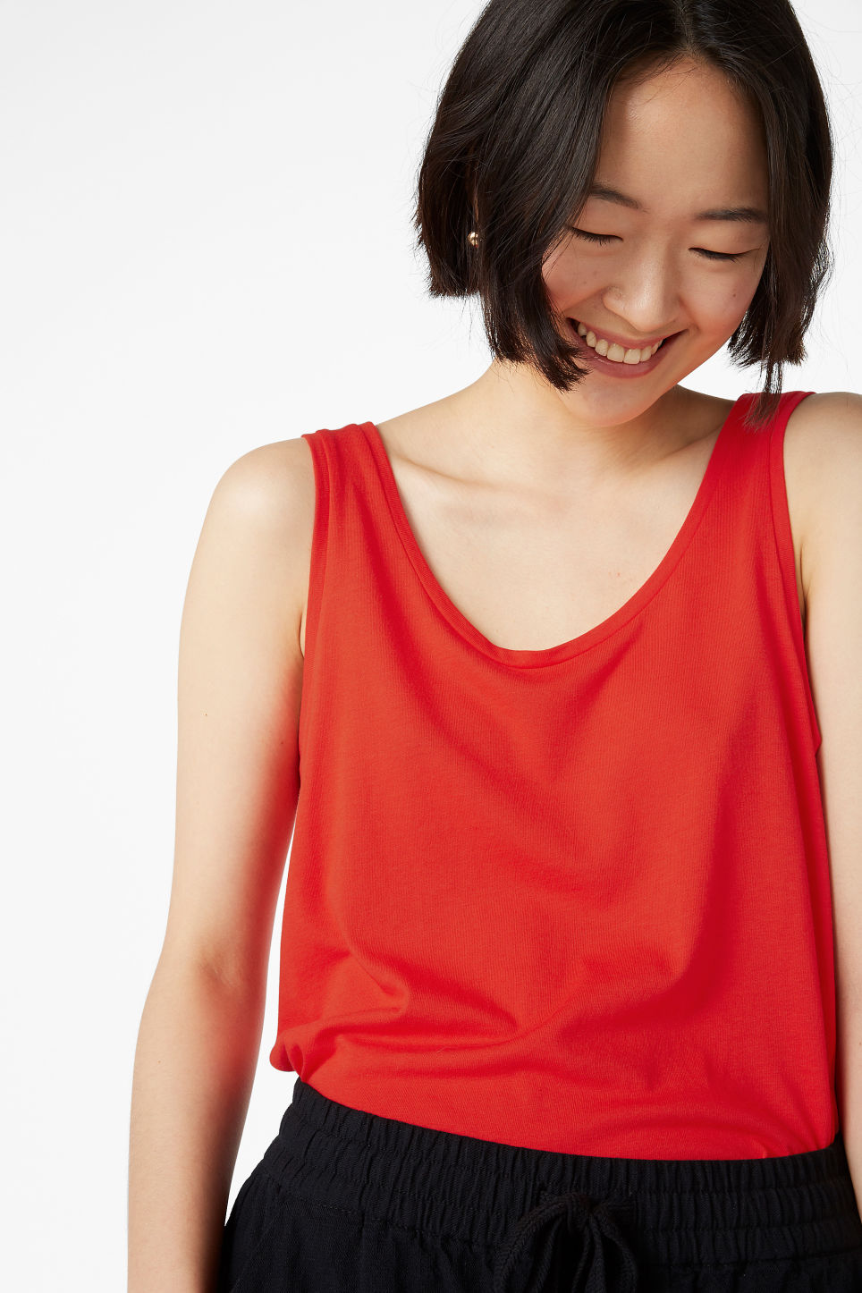 Model front image of Monki soft singlet in red