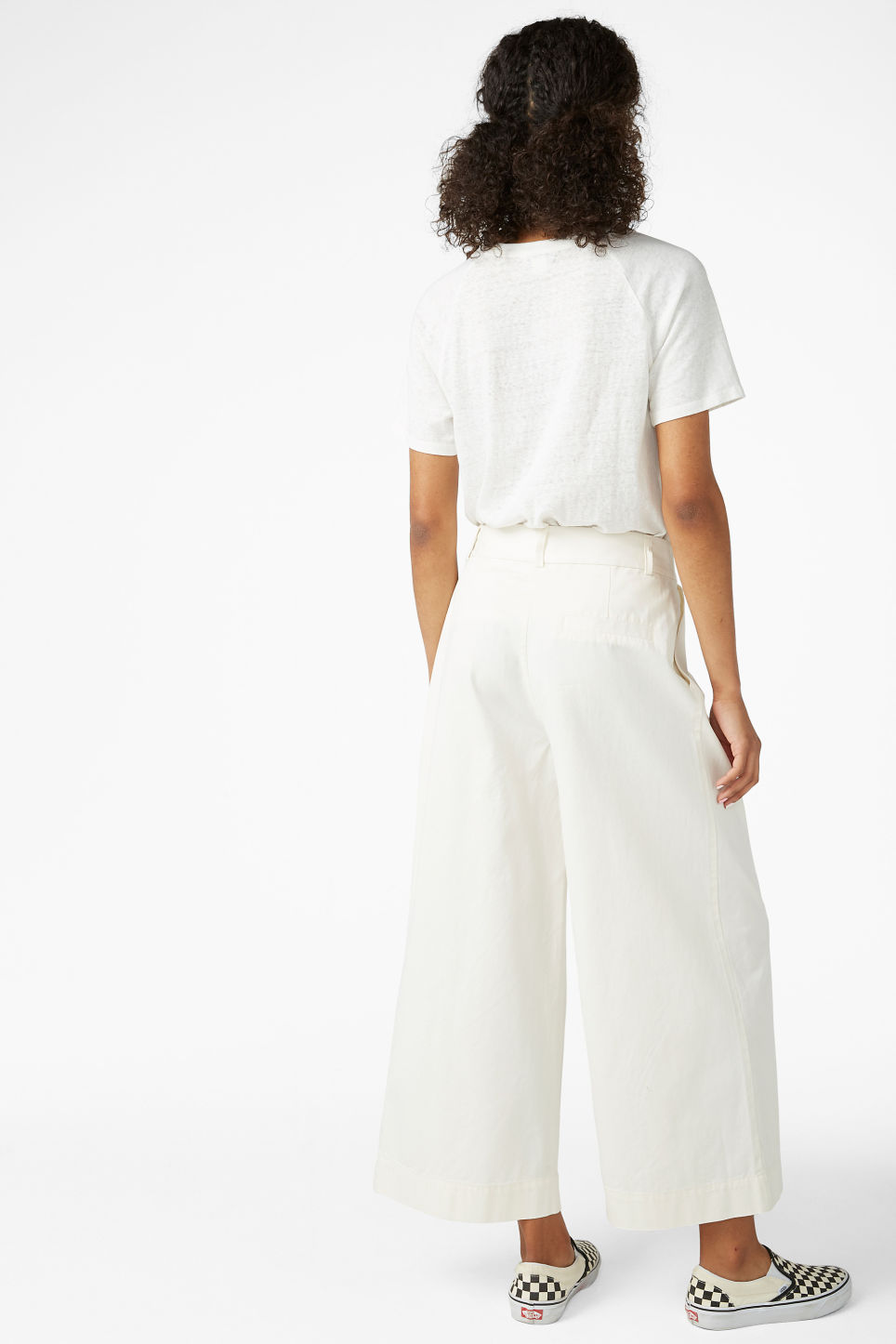 Model back image of Monki wide leg cotton trousers in white