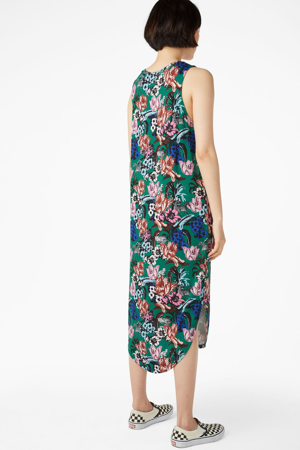 Model back image of Monki tank top dress in green