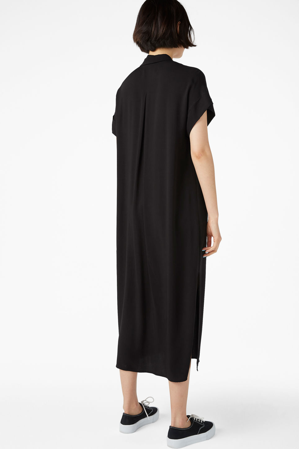 Model back image of Monki midi shirt dress in black